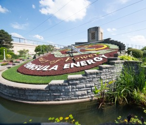 This unique attraction is a very popular stop for visitors to Niagara Falls on the Canadian side. The planted face of the Floral Clock is maintained by Niagara Parks horticulture staff, while the mechanism is kept in working order by Ontario Hydro, the organization that originally built the clock. The intricate designs on the face of the timepiece are created with up to 16,000 carpet bedding plants. The grounds surrounding the clock feature bedding displays and a tower at the back of the clock houses Westminster chimes that greet each quarter hour.